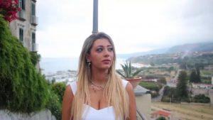 """[VIDEO] A Tropea il """"Vento in faccia"""", primo videoclip musicale nel Borgo dei Borghi"""