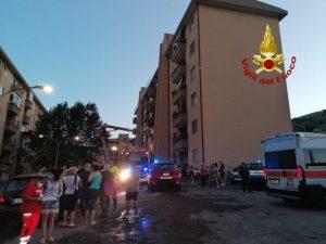 Appartamento in fiamme a Catanzaro, in salvo inquilini