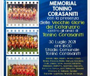 """Davoli,  le """"vecchie glorie"""" del Catanzaro fanno gol per Tonino Corasaniti"""