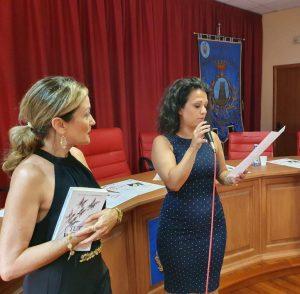 [VIDEO] Chiaravalle, serata d'autore con la scrittrice Vittoria Camobreco