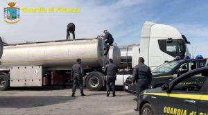 """Operazione """"Petrolmafie"""", indagini concluse per 213 indagati"""