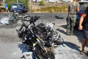 Auto contro moto sulla Statale 106, le vittime diventano due
