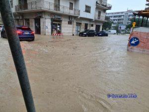 FOTO NEWS | Nubifragio a Soverato, numerosi allagamenti e disagi
