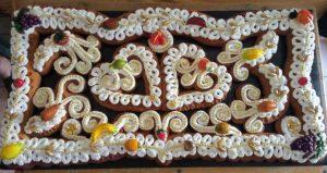 Alla scoperta del Mostacciolo di Spezzano Albanese, tipica torta nuziale dei matrimoni arbëreshë