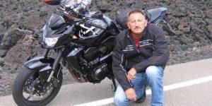 Tragico incidente in Calabria, motociclista si schianta contro un muro e muore sul colpo