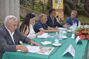 Torre di Ruggiero, ha preso il via Festival della Nocciola Bio di Calabria