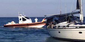 Sbarco di migranti a Badolato, in 92 soccorsi da cittadini sulla spiaggia