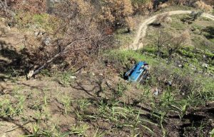Precipita in una scarpata di oltre 15 metri con l'auto, soccorso da un poliziotto libero dal servizio