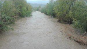 Maltempo, piogge intense sulla Calabria: alcuni torrenti straripano