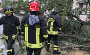 Maltempo: esondazioni e frane in Calabria, disagi alla viabilità